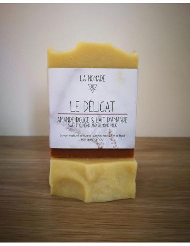 """Savon artisanal """"le Délicat"""" à l'amande douce & lait d'amande fabriqué en France avec Amour par La Nomade"""