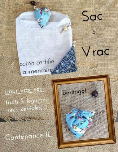 Sac berlingot repliable motifs lamas colorés fond bleu clair pour courses de vrac fin par l'échoppe de Nine