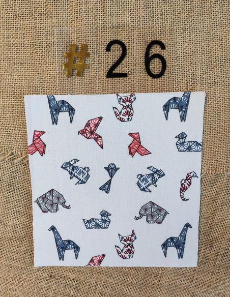 Tissu motifs cocottes en papier origami fond blanc pour Pochette personnalisable par l'échoppe de Nine