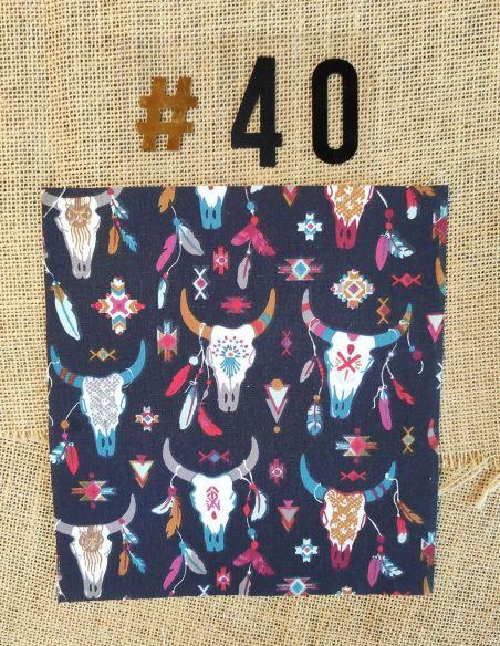 Tissu motifs têtes de buffles & plumes thème cheyenne pour Pochette personnalisable par l'échoppe de Nine