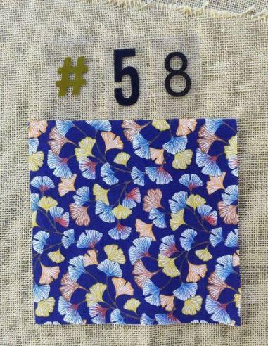 Tissu motifs feuilles de ginkgo automnales fond bleu pour Pochette personnalisable par l'échoppe de Nine