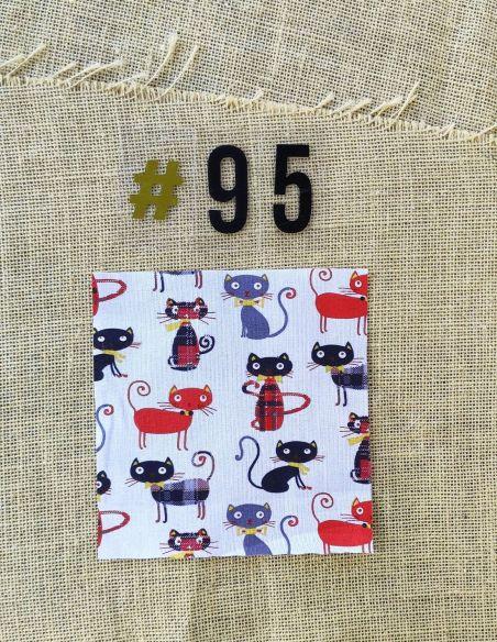 Tissu motifs chats rouges noirs écossais  pour Pochette personnalisable par l'échoppe de Nine