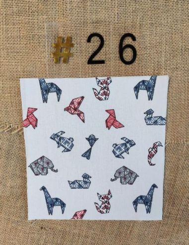 Tissu motifs cocottes en papier origami fond blanc pour Lingettes personnalisablespar l'échoppe de Nine
