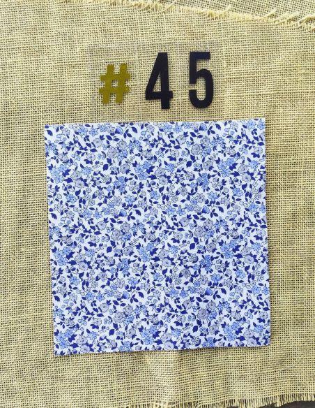 Tissu style liberty bleu fond blanc pour Lingettes personnalisablespar l'échoppe de Nine